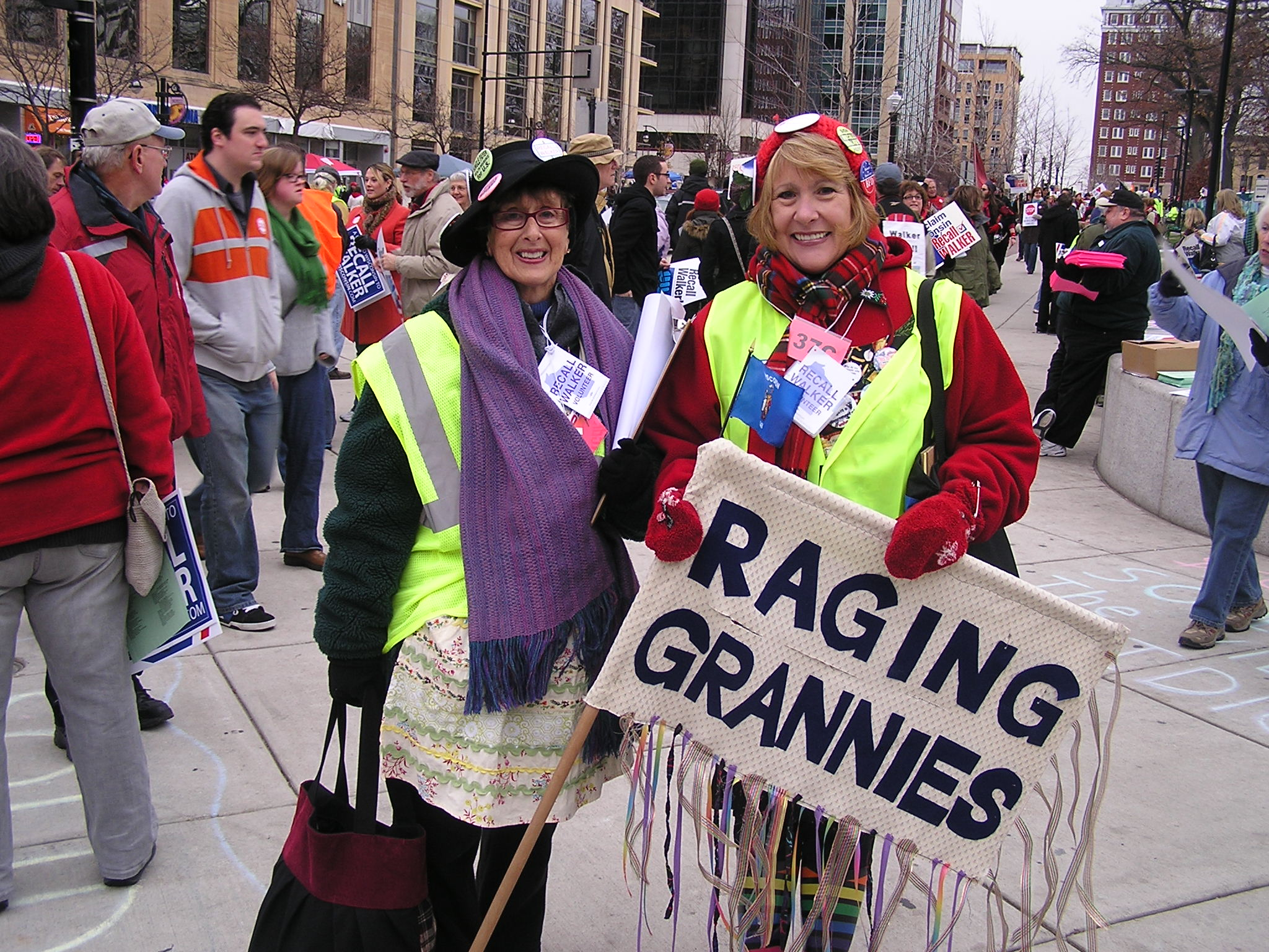 Susan Bickley & Marie Martini – Voices From the Rally Crowd ( pt I )