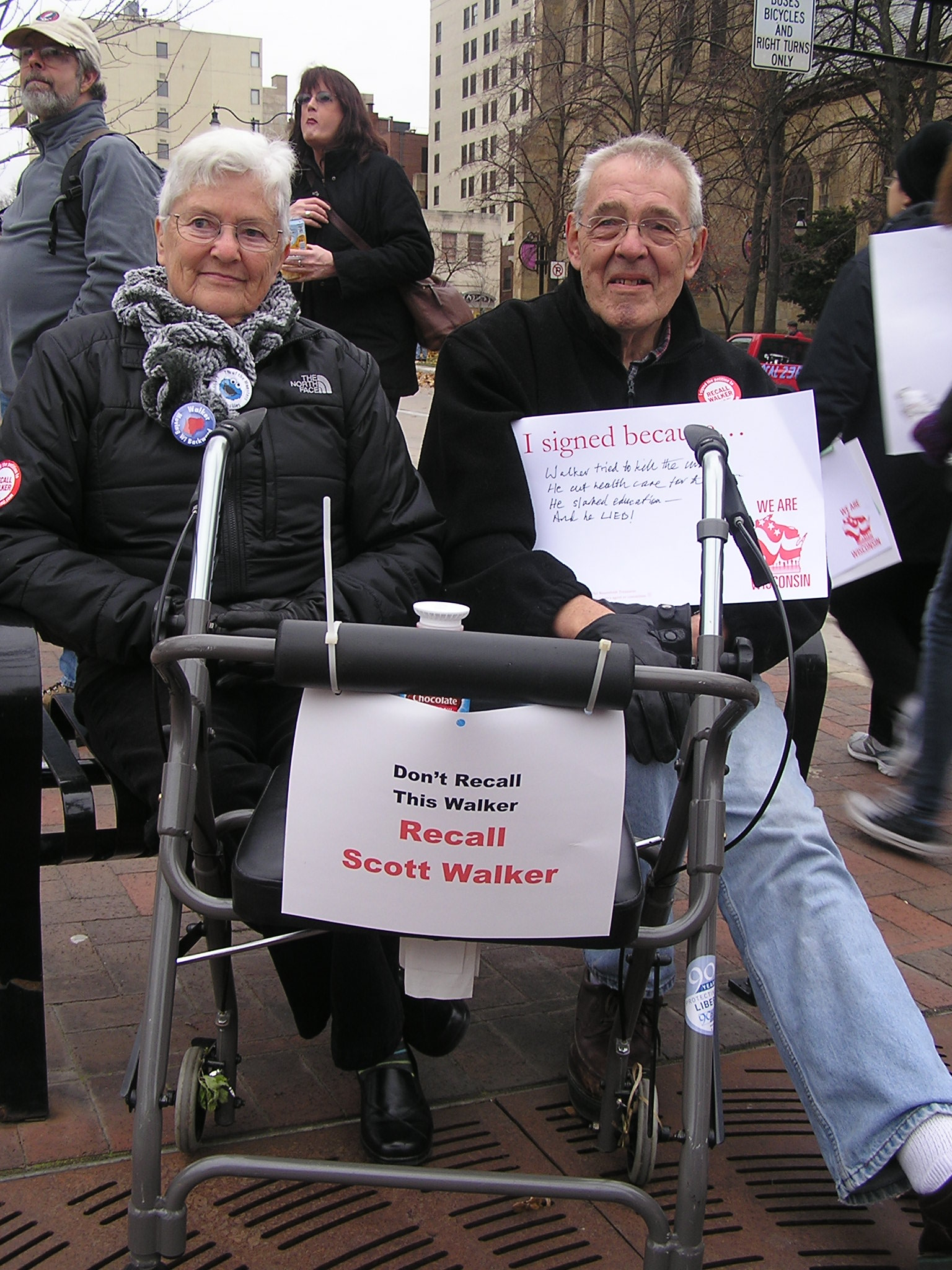 Norma &amp; Mike Briggs &#8211; Voices from the Rally Crowd (pt 3)