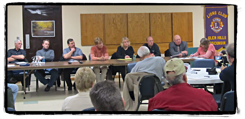 Inside a Town Meeting on Frac Sand Mining; Glenwood City, WI